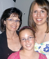 Mel with her daughters